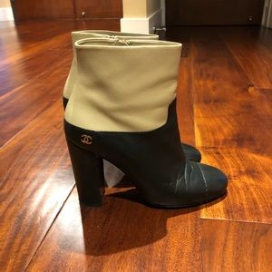 Chanel black/beige short boot size 40